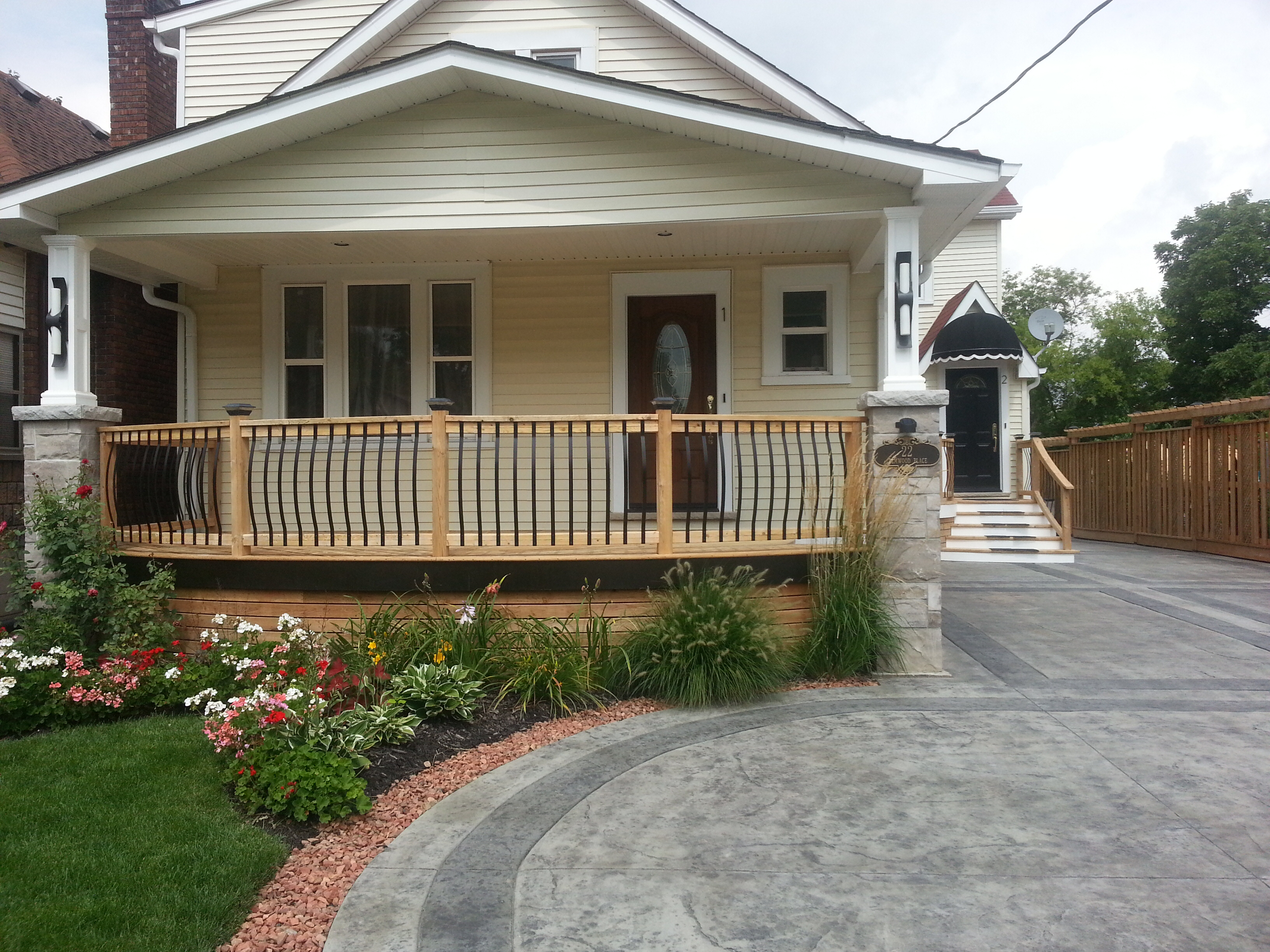 Best Deck Stain Color With Yellow Siding Photos Deck