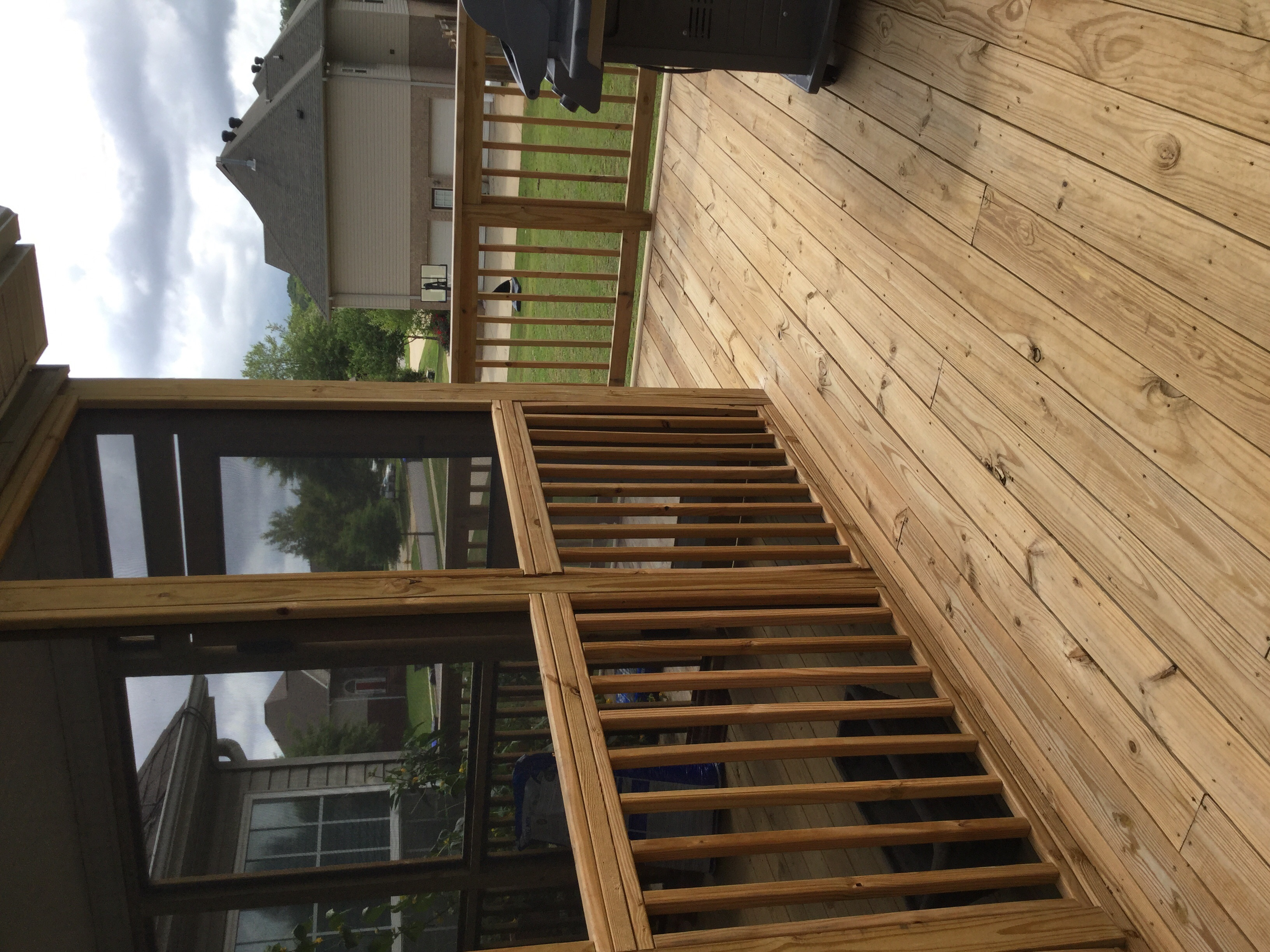 Advantages To Having A Two Toned Deck Best Deck Stain Reviews Ratings