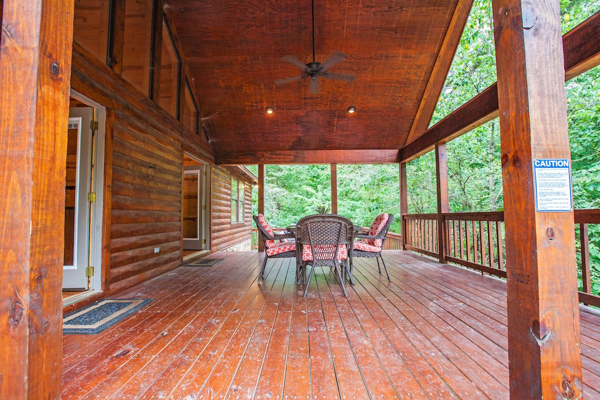 Deck stain brand comparison best deck stain reviews ratings for Comparison of composite decking brands