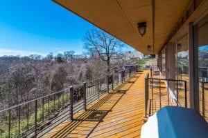 balcony deck.jpg