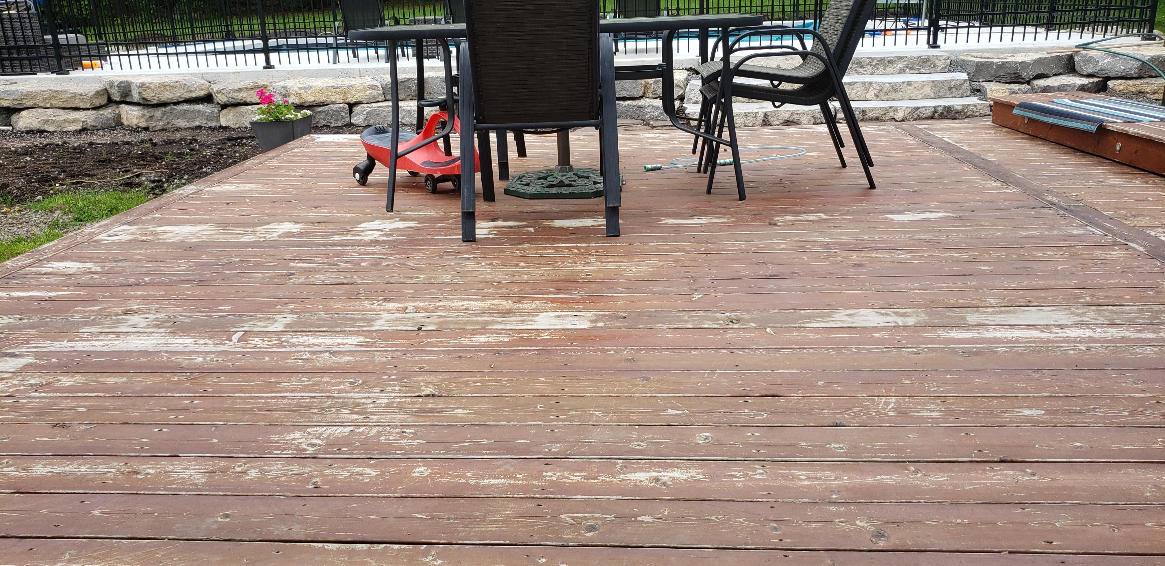 Best Deck Stain for Canada | Best Deck Stain Reviews Ratings