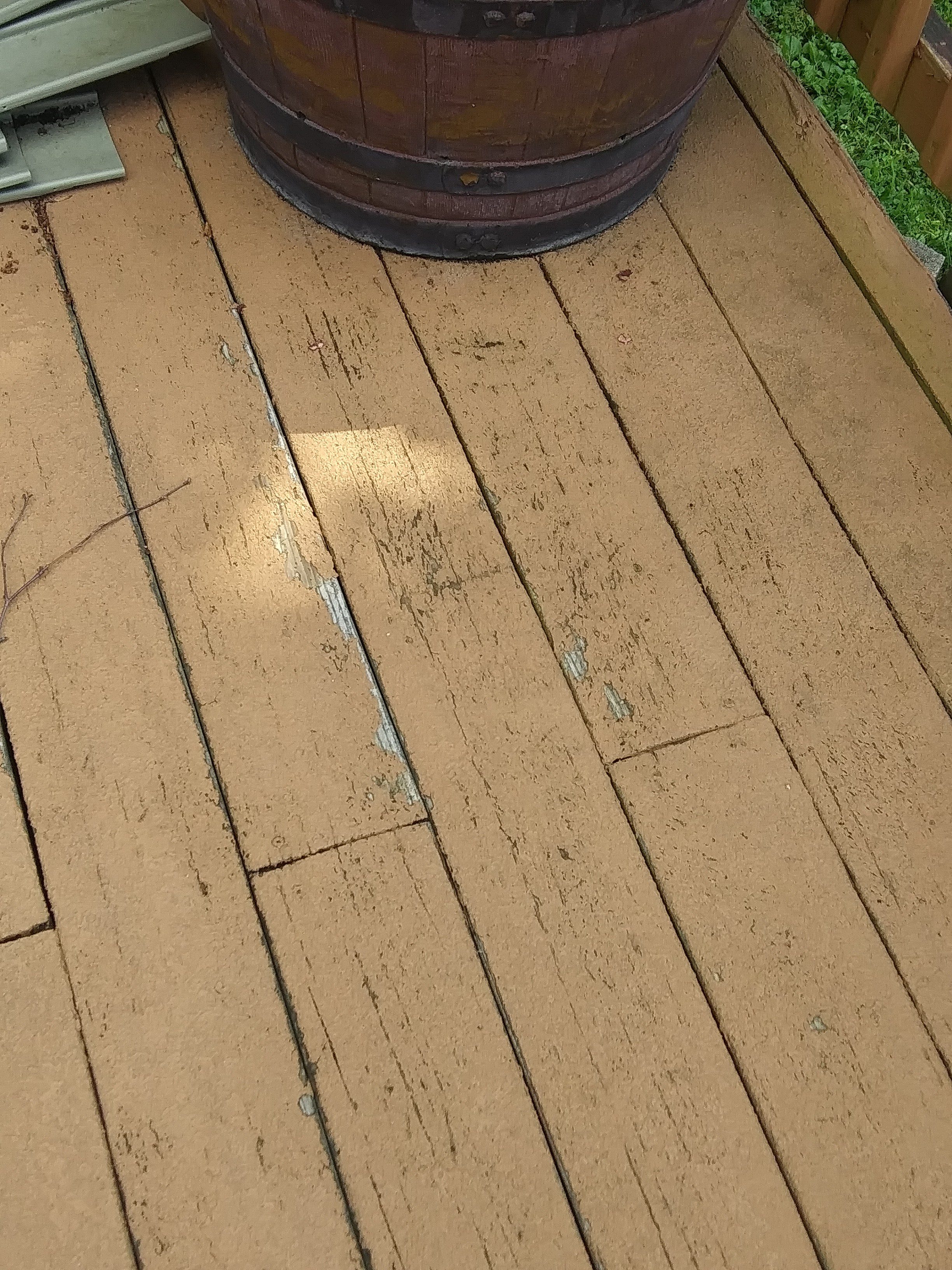 Class Action Lawsuit against Rust-Oleum Deck Restore | Best Deck